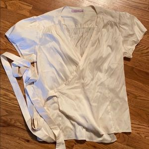 Excellent condition 100% silk wrap top